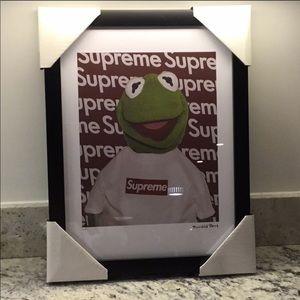 NIB Fairchild Paris Supreme Kermit the Frog